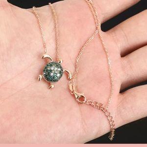 "Little green emerald & topaz turtle necklace 19"""